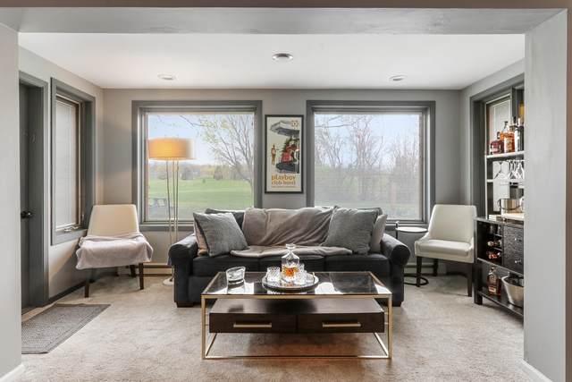 352 County Rd B #3, Fontana, WI 53125 (#1735632) :: Tom Didier Real Estate Team