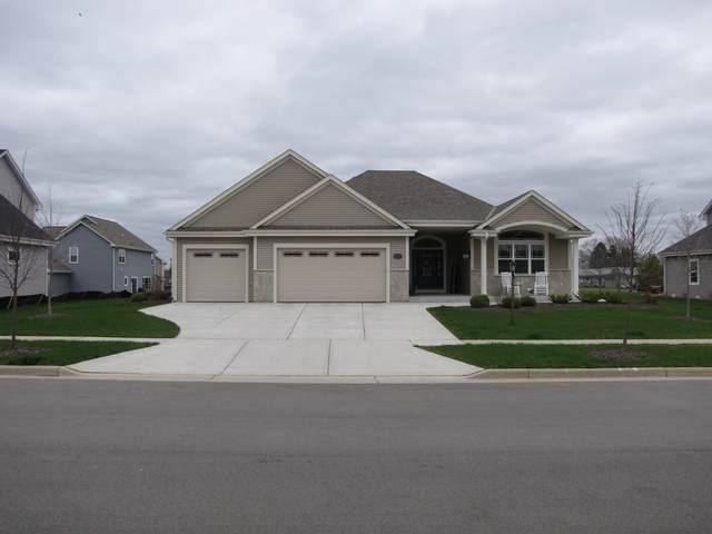 1314 Regees Rd, Mukwonago, WI 53149 (#1735695) :: Tom Didier Real Estate Team