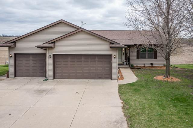 N673 Parkview Ct, Auburn, WI 53010 (#1735734) :: RE/MAX Service First