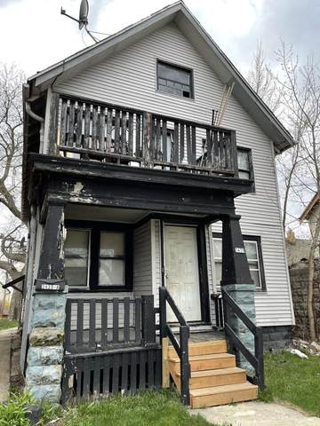 3439 N 22ND ST, Milwaukee, WI 53206 (#1735758) :: Tom Didier Real Estate Team