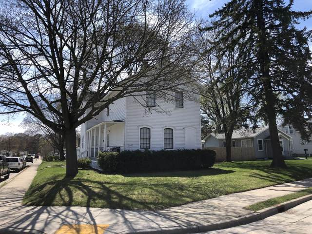 2401 Spring St, Racine, WI 53405 (#1735835) :: EXIT Realty XL