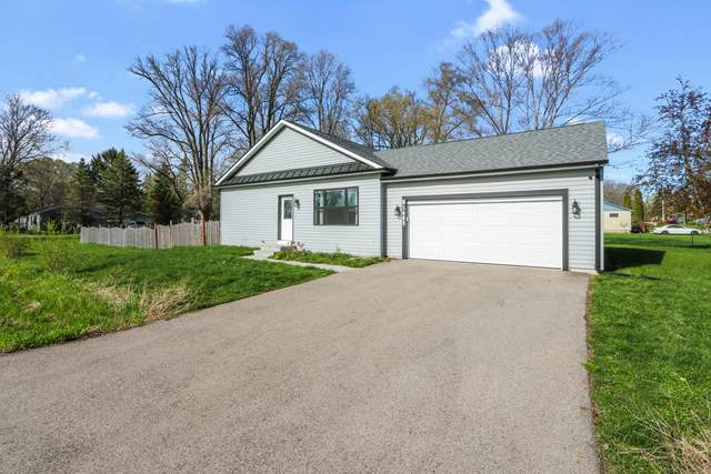 N1485 Chicago Dr, Bloomfield, WI 53128 (#1735925) :: EXIT Realty XL