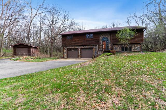W5461 Briarwood Rd, Sugar Creek, WI 53121 (#1735946) :: EXIT Realty XL