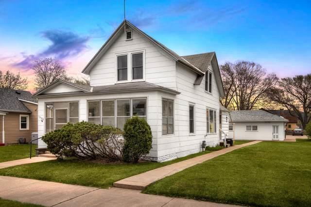 1226 Charles St, La Crosse, WI 54603 (#1735964) :: OneTrust Real Estate