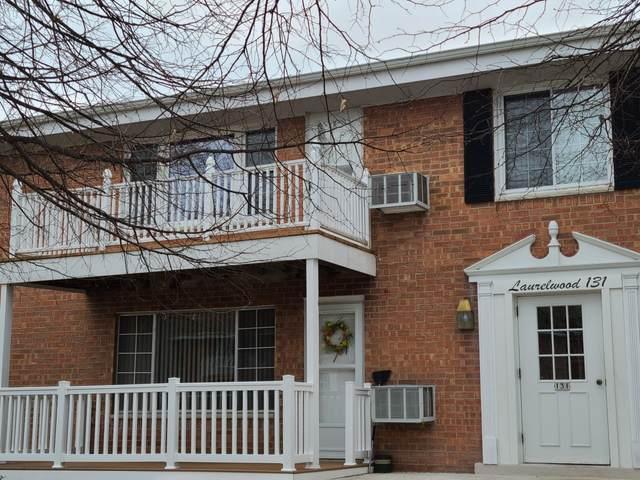 131 Heidel Rd #5, Thiensville, WI 53092 (#1735967) :: RE/MAX Service First