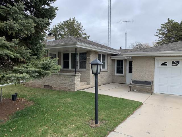 1311 S 39th, Manitowoc, WI 54220 (#1735975) :: EXIT Realty XL