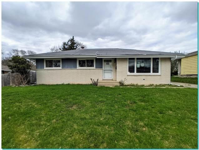 10908 W Harvest Lane, Milwaukee, WI 53225 (#1735995) :: EXIT Realty XL