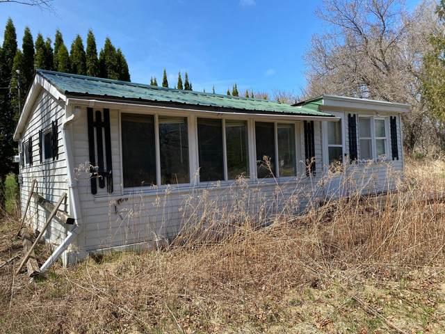 6921 Cth Q, Kossuth, WI 54220 (#1736042) :: Tom Didier Real Estate Team