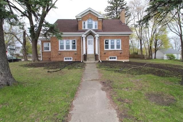 4416 75th St, Pleasant Prairie, WI 53142 (#1736253) :: Tom Didier Real Estate Team