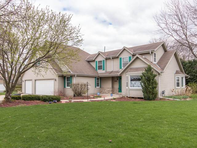 2490 Sheraton Rd, Brookfield, WI 53005 (#1736310) :: RE/MAX Service First