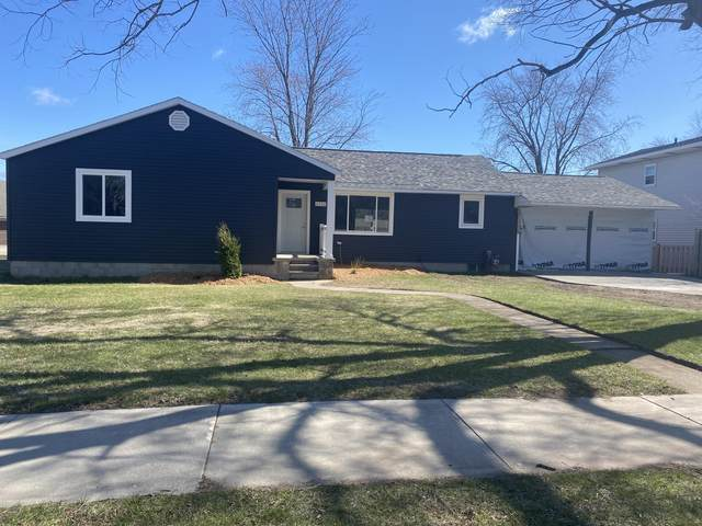 2930 Minnesota St, Marinette, WI 54143 (#1736387) :: OneTrust Real Estate