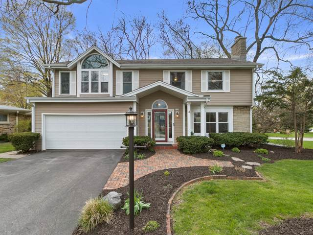 3159 N Knoll Ter, Wauwatosa, WI 53222 (#1736579) :: RE/MAX Service First
