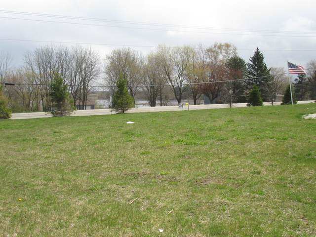S88W12770 Upland Ln #33, Muskego, WI 53150 (#1736621) :: RE/MAX Service First