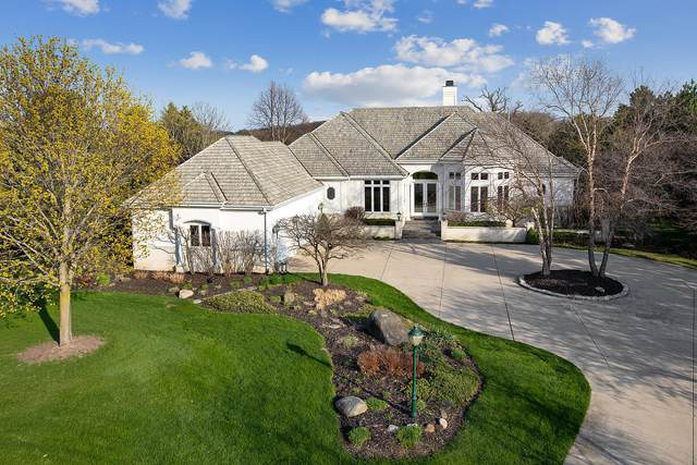 1801 Balsam Ct, Hartland, WI 53029 (#1736815) :: RE/MAX Service First