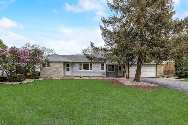 2104 N 116th St, Wauwatosa, WI 53226 (#1736989) :: RE/MAX Service First