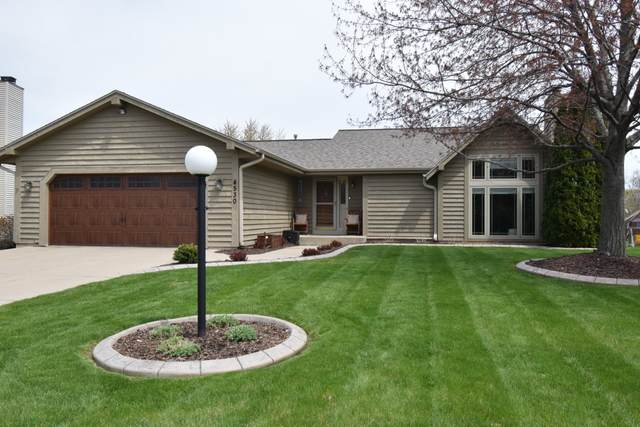 4530 S 117th St, Greenfield, WI 53228 (#1737037) :: Tom Didier Real Estate Team