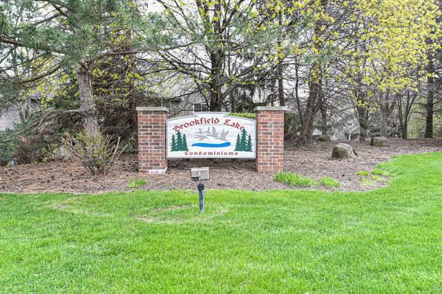 18750 Brookfield Lake Dr #29, Brookfield, WI 53045 (#1737070) :: RE/MAX Service First