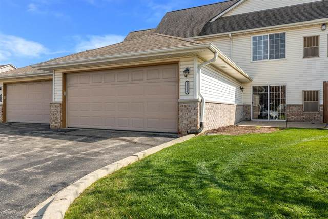 2205 N University Dr #7, Waukesha, WI 53188 (#1737310) :: RE/MAX Service First