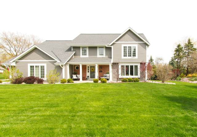 20450 Tennyson Dr, Brookfield, WI 53045 (#1737346) :: RE/MAX Service First