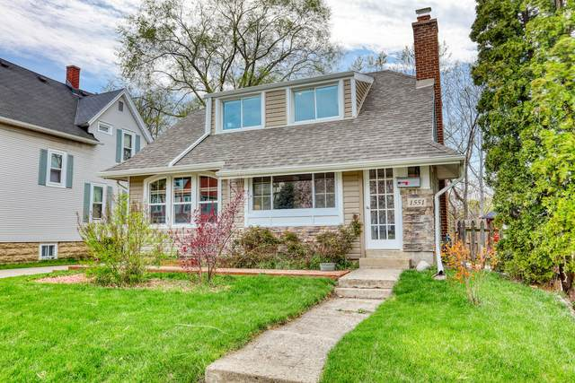 1551 S 82nd St, West Allis, WI 53214 (#1737390) :: RE/MAX Service First