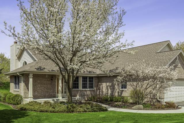 18510 Stonehedge Dr A, Brookfield, WI 53045 (#1737438) :: RE/MAX Service First