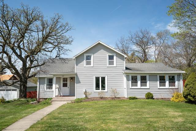 233 Elkhorn Rd, Eagle, WI 53119 (#1737534) :: RE/MAX Service First