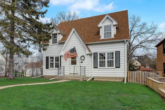 116 E Walters St, Port Washington, WI 53074 (#1737542) :: RE/MAX Service First