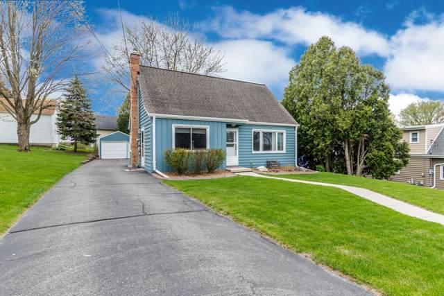 361 W Rossman St, Hartford, WI 53027 (#1737551) :: OneTrust Real Estate