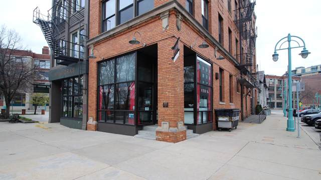 147 N Broadway #1, Milwaukee, WI 53202 (#1737683) :: OneTrust Real Estate