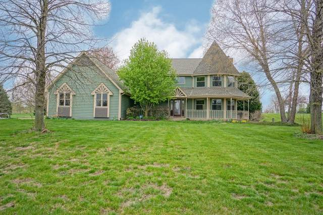 W346S9005 Whitetail Dr, Eagle, WI 53119 (#1737792) :: RE/MAX Service First