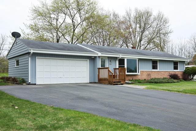 14335 W Armour Ave, New Berlin, WI 53151 (#1737827) :: RE/MAX Service First