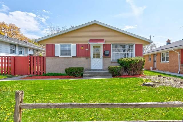 7409 W Carmen Ave, Milwaukee, WI 53218 (#1737896) :: Tom Didier Real Estate Team