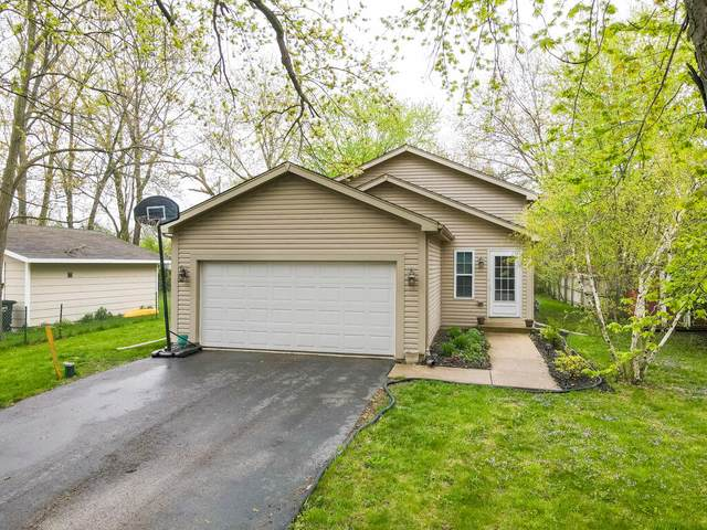 28629 114th St, Salem Lakes, WI 53179 (#1737938) :: RE/MAX Service First