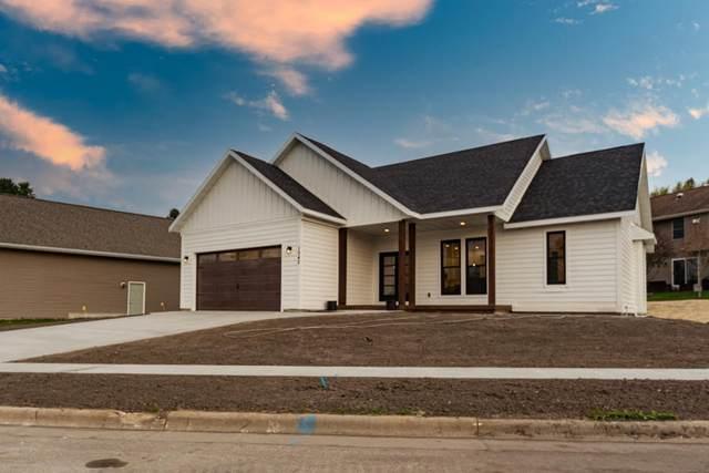1043 John St, West Salem, WI 54669 (#1737961) :: OneTrust Real Estate