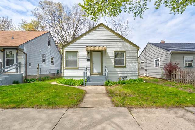 5061 N 28th St, Milwaukee, WI 53209 (#1737990) :: RE/MAX Service First