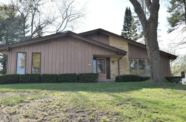 202 Harmont Rd, Waterford, WI 53185 (#1737999) :: RE/MAX Service First