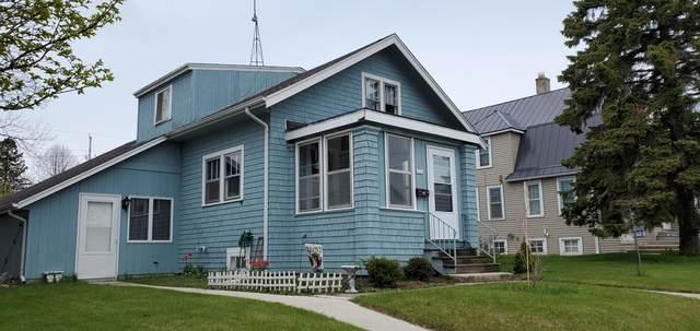 2324 Lakeshore Dr, Sheboygan, WI 53081 (#1738059) :: Keller Williams Realty - Milwaukee Southwest