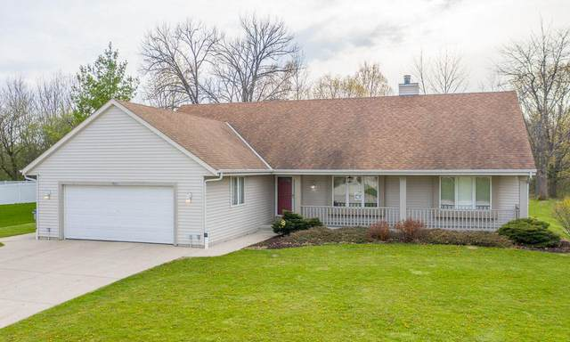 8251 N 111th St, Milwaukee, WI 53224 (#1738188) :: RE/MAX Service First