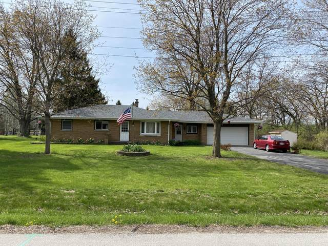 9957 W Margaret Ln, Franklin, WI 53132 (#1738280) :: RE/MAX Service First
