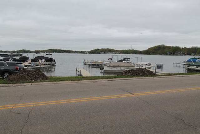 502 Wilmot Ave, Twin Lakes, WI 53181 (#1738545) :: Keller Williams Realty - Milwaukee Southwest