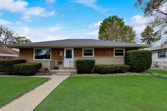 7309 W Honey Creek Dr, Milwaukee, WI 53219 (#1738600) :: RE/MAX Service First