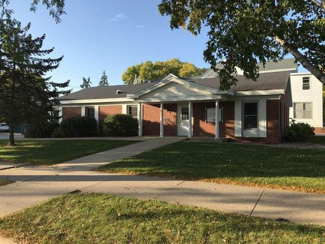 1025 King St, La Crosse, WI 54601 (#1738643) :: Keller Williams Realty - Milwaukee Southwest