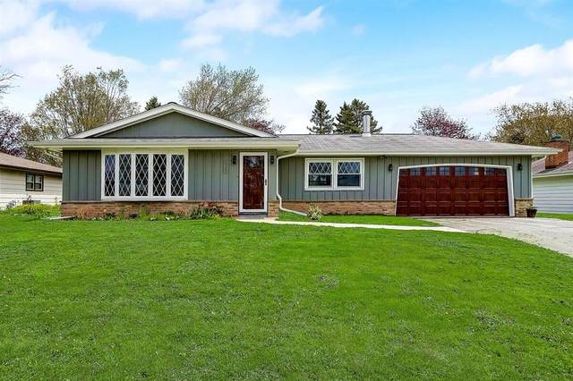 530 Butler St, Random Lake, WI 53075 (#1738767) :: Tom Didier Real Estate Team