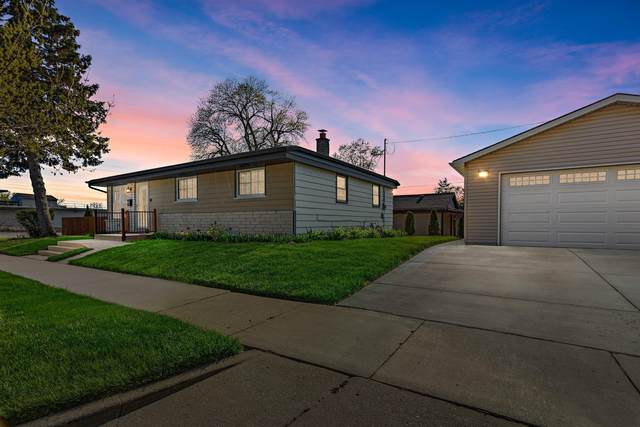 6409 N 47th St, Milwaukee, WI 53223 (#1738774) :: RE/MAX Service First