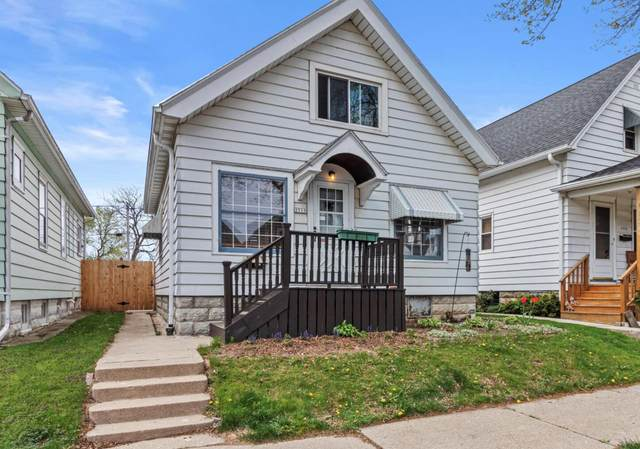 2515 S Burrell St, Milwaukee, WI 53207 (#1738833) :: OneTrust Real Estate