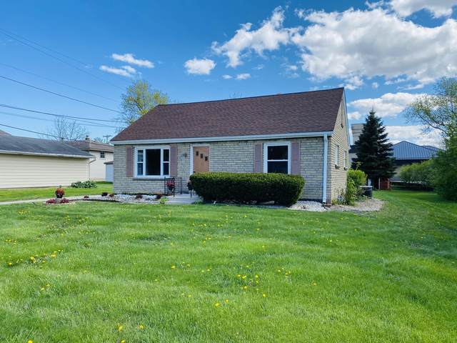 9221 W Cold Spring Rd, Greenfield, WI 53228 (#1738888) :: RE/MAX Service First