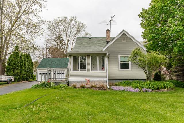 4075 N 145th St, Brookfield, WI 53005 (#1739048) :: EXIT Realty XL