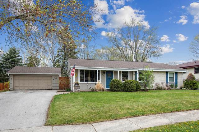 1679 S Willow Ct, Grafton, WI 53024 (#1739066) :: RE/MAX Service First