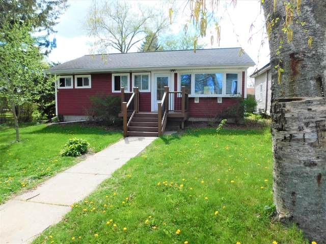 N5439 Cigrand Dr, Fredonia, WI 53021 (#1739068) :: RE/MAX Service First