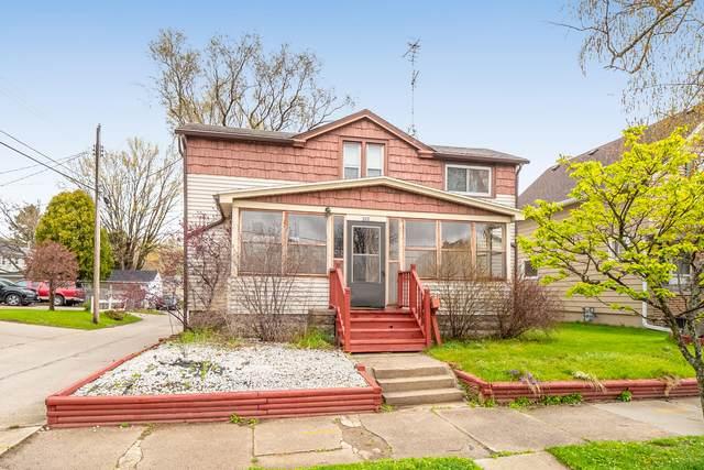 522 Bell Ave, Sheboygan, WI 53083 (#1739255) :: Tom Didier Real Estate Team